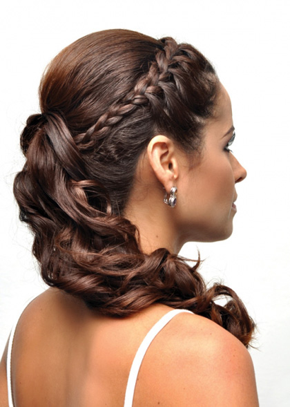 diadem-braid-hair-semi-gathered