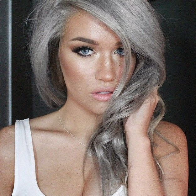 gray-tanned-hair