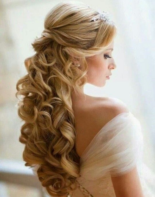 images-of-hairstyles-for-long-curly-hair